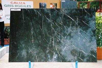Cantera de piedra caliza gris venta de empresas de piedra for Piedra caliza gris