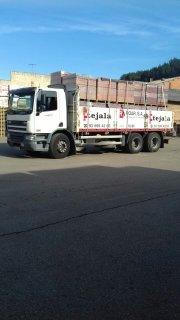 Se vende camion con trabajo fijo