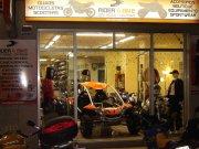 tienda/taller de motocicletas
