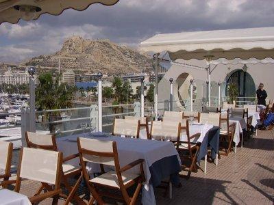 Se vende restaurante en el puerto de alicante venta de - Restaurante el cielo alicante ...