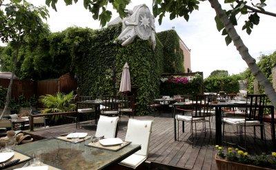 Restaurante busca socio que aporte capital b squeda for Foster hollywood jardines