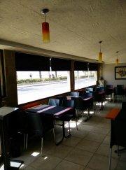 Restaurante en 1ª linea de playa con duplex