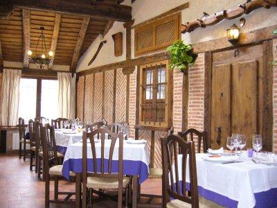 Restaurante en pedraza venta de empresas de bar for Bar restaurante el jardin zamora