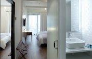 Hotel, restaurante, agencia de viajes