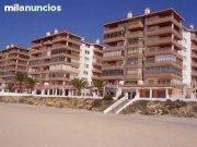 Se Vende-Traspasa o Alquila Restaurante Primera Linea de Playa ,funcionando y con vistas al mar .