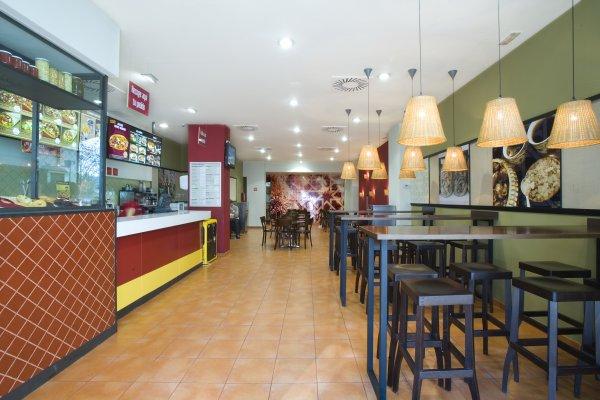 Fotos De La Franquicia Abbasid D Ner Kebab Adk